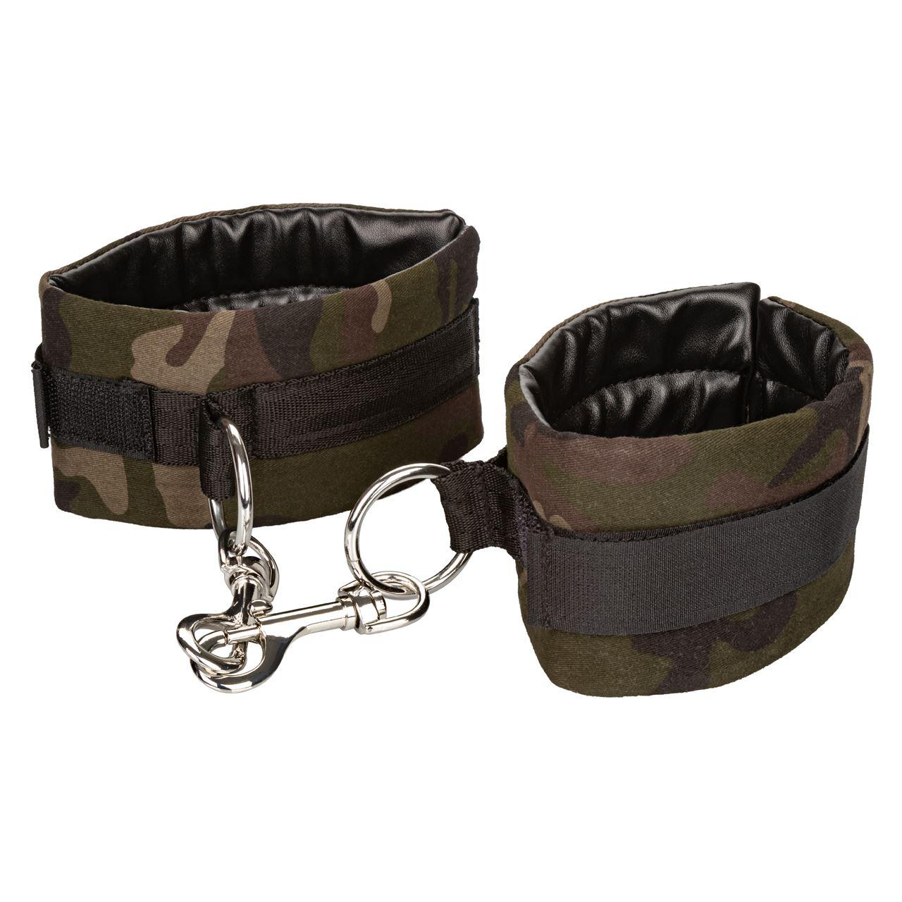 0019965_colt-camo-universal-cuffs_ymdvd5ntyflyxw5a.jpeg